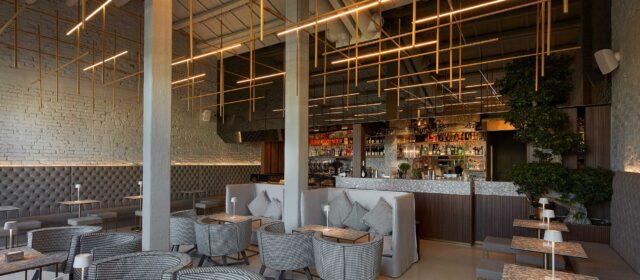Frigomeccanica Lounge Bar: industrial design furniture between matter and light