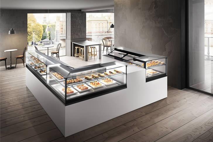 Arredo bar e banchi frigo per alimentari panetterie for Banchi bar e arredamenti completi