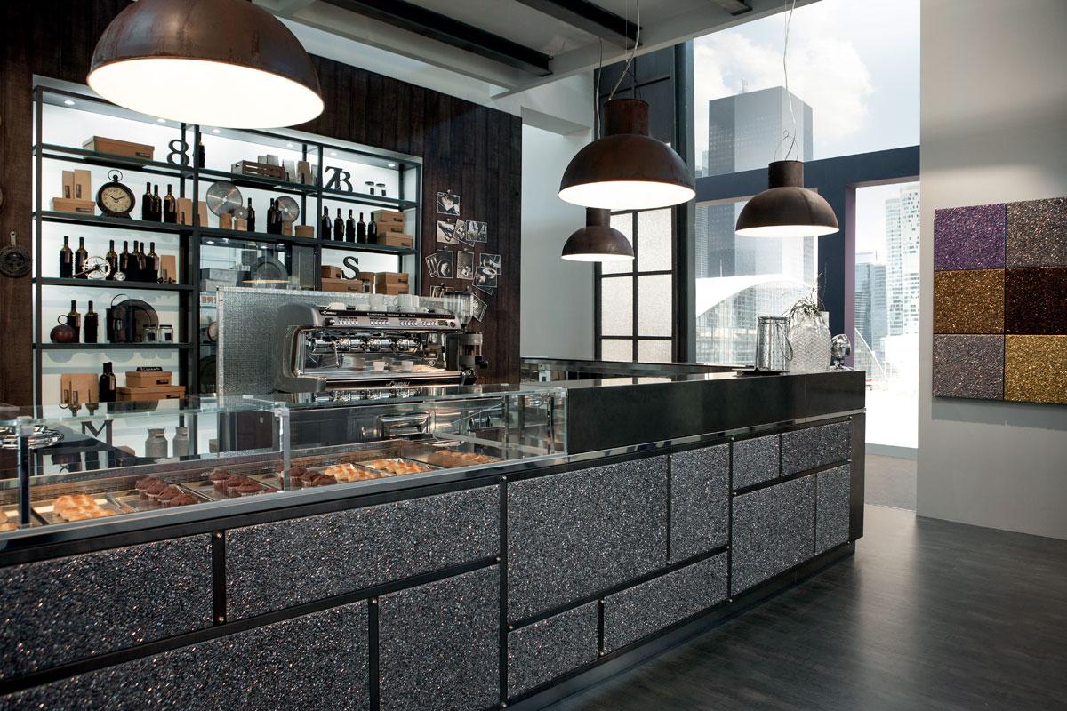 Arredo bar modello garage frigomeccanica for Arredamento bar