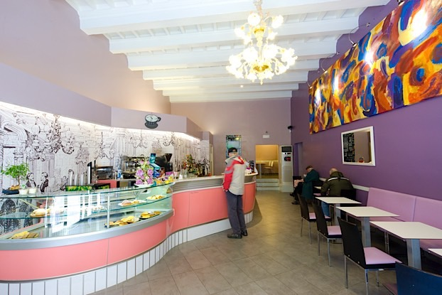 come scegliere i colori degli interni di un locale bar - Arredamento Interni Gelateria